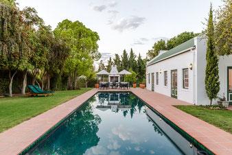 Schwimmbecken @ De Bergkant Lodge