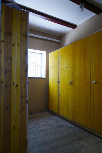 Sattelschränke Design Goldenes Tal