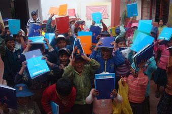 Campaña escolar, donacion de cuadernos
