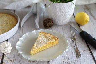 Zitronenkuchen in der runden Ofenhexe von Pampered Chef