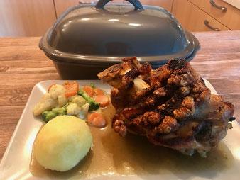 Schweinshaxe Schweinshaxen Eisbein im Ofenmeister oder Zaubermeister im Pampered Chef Onlineshop bestellen