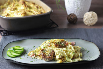 Amsterdamer Fleischtöpfchen mit Bandnudeln überbacken in der Ofenhexe vom Pampered Chef Onlineshop bestellen