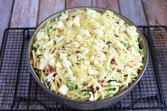 Brokkoli Käsespätzle in der Stoneware rund, Ofenhexe oder Ofenmeister bzw. Zaubermeister aus dem Pampered Chef Onlineshop kaufen