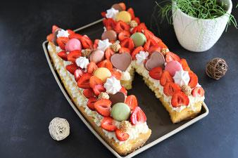 Buchstabenkuchen oder Zahlenkuchen Numbercake Lettercake in der Kuchenform für Buchstaben und Zahlen von Pampered Chef