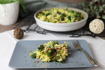 Brokkoli Reis Auflauf in der runden Ofenhexe von Pampered Chef