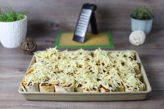 Tortillawraps mit Hackfleisch und Käse überbacken