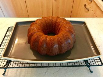 Schoko Nuss Gugelhupf Kuchen aus der Kranzform von Pampered Chef aus dem Onlineshop bestellen