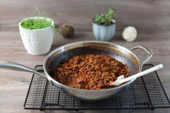 Bolognese in der Edelstahl-Antihaft Wokpfanne von Pampered Chef im Onlineshop