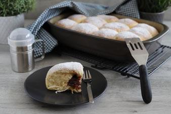 Böhmische Buchteln in der Ofenhexe aus dem Pampered Chef Onlineshop