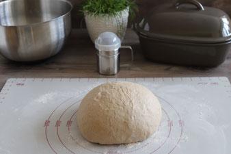 Brot backen mit der Pampered Chef Teigunterlage und Streufix aus dem Onlineshop