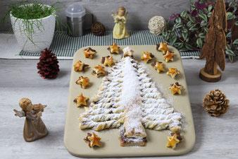 Süßer Weihnachtsbaum mit Blätterteig und Nutella auf dem Zauberstein von Pampered Chef