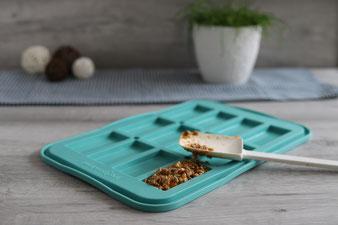 Schoko Müsliriegel aus dem Snack-Maker mit Mix´n Scraper Schaber und Kuchengitter im Pampered Chef Onlineshop online bestellen