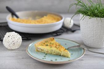 Quiche Lorraine Lothringer Specktorte mit runde Ofenhexe, Nixe, Teigroller und Kuchengitter im Pampered Chef Onlineshop kaufen
