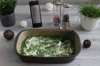 Spinat Lasagne mit Micoplane Reibe, Edelstahlschüsseln, Salz & Pfefferstreuer sowie Kuchengitter und Mix´n Scraperschaber in der Ofenhexe aus dem Pampered Chef Onlineshop