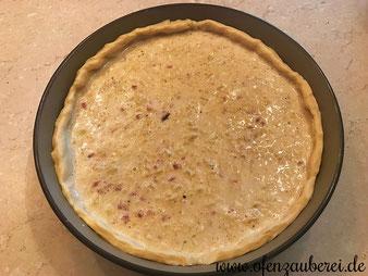 Zwiebelkuchen in der Stoneware rund von Pampered Chef aus dem Onlineshop bestellen