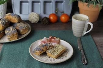 Übernachtgare für Körnerbrötchen Frühstücksbrötchen aus der Mini-Kuchen Form von Pampered Chef