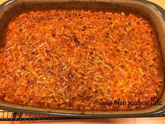 Hackfleisch Auflauf griechisch mit Kritharaiki Nudeln in der Ofenhexe von Pampered Chef aus dem Onlineshop
