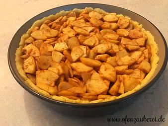 Apfel Streuselkuchen mit Mandelstiften aus der Stoneware rund, Ofenhexe oder Ofenmeister aus dem Pampered Chef Onlineshop