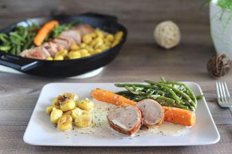 Gnocchi mit Schweinefilet und Bohnen sowie Karotten aus der 30 cm gusseisernen Pfanne von Pampered Chef