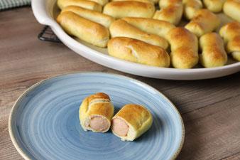 Wiener im Teig Brezenteig auf der White Lady oder Ofenzauberer mit Teigroller im Pampered Chef Onlineshop bestellen