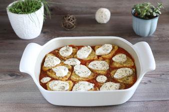 Rösti Gratin mit Tomate und Mozzarella im großen Bäker