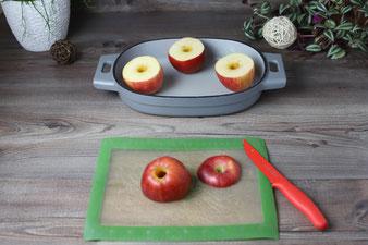 Äpfel mit dem Apfelausstecher von Pampered Chef ausstechen