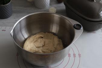 Mischbrot Frankenkruste Joghurtkruste aus dem Ofenmeister mit Edelstahlschüssel, Streufix, Mix´n Scraper und Teigunterlage im Pampered Chef Onlineshop bestellen