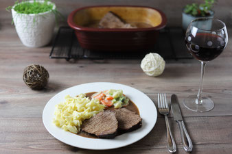 Sauerbraten für Eilige ohne Einlegen im Ofenmeister von Pampered Chef