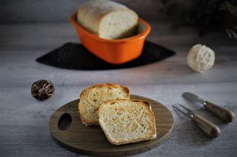 Toast mit Dinkel aus dem kleinen Zaubermeister von Pampered Chef Dinkeltoast