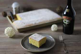 Baileys Kuchen Schnitten auf dem Ofenzauberer von Pampered Chef aus dem Onlineshop bestellen und kaufen