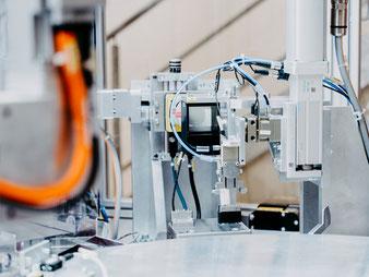 Automatisierungstechnik Pruefautomation Frontplatten Kurt Betz GmbH Verpackungsmaschinen Maschinenbau Studium Heilbronn Crimppresse Lohnfertigung Pharma