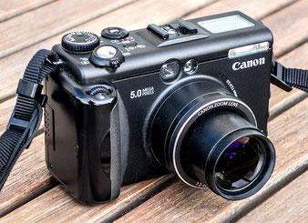 Test: Die CANON G5 von 2003, Frontansicht.