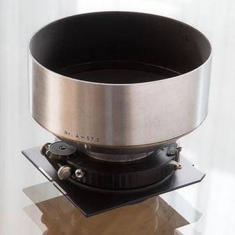 Großformatfotografie: Heliar 4.5/21cm mit Compound-Verschluss und Gegenlichtblende. Foto: bonnescape.de