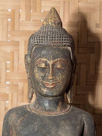 Nahaufnahme Buddha, Nikon SB-800 mit ROGUE Reflektor, Foto: bonnescape