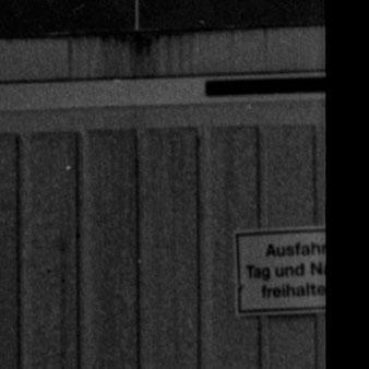 Bilddetail Großformatfotografie: Verlassenes Haus, Erftkreis 2021. SINAR F mit HELIAR 1:4.5/15cm (Version 1928) in COMPUR II. Foto: bonnescape.de