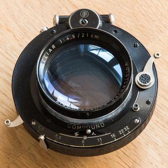 HELIAR 1:4.5/21 cm aus dem Jahr 1947 im COMPOUND-Verschluss , Foto: bonnescape.de