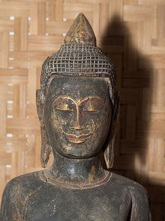 Nahaufnahme Buddha, Nikon SB-800 mit LIFE Minisoftbox, Foto: bonnescape
