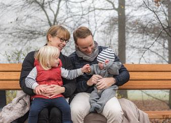 Familienfotos im Freien - Elbstrand
