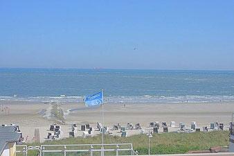 Ferienappartement auf Wangerooge mit diesem fantastischem Blick auf die Nordsee und den Strand
