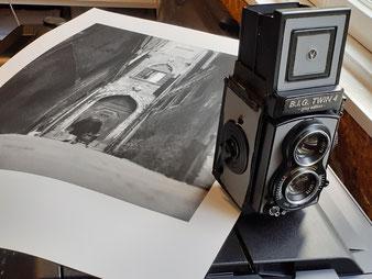 De camera waar destijds de foto's meegemaakt zijn.
