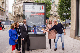 Eröffnung der Plakatkampagne mit Katharina Fegebank und Thorsten Schröder