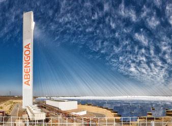 Abengoa: Solarturm-Kraftwerk (Solarthermie)