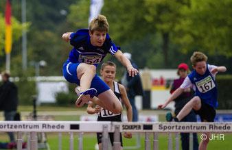 Tilmann Welling wurde in 11,10 Sekunden 14. im 60-m-Hürdenlauf der U14. (Foto: Jan-Hendrik Ridder)