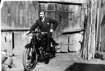 Das leichte Motorrad war früher für die Jugend das, was heute das schnelle Auto ist.
