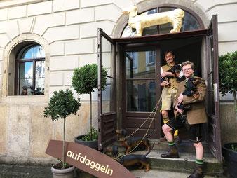 Der Eingang zum Dackelmuseum in Passau.