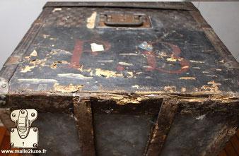 état des lieux sur malle louis vuitton ancienne toile abimé rare