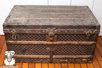 Louis Vuitton 1er serie mail trunk
