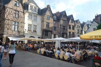 Tours, Place Plumereau (Reise 5)