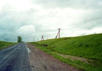 einsam geradeaus, fast ohne Verkehr