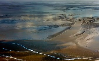 DISTANT SHORES - Location: Cuxhaven, Germany